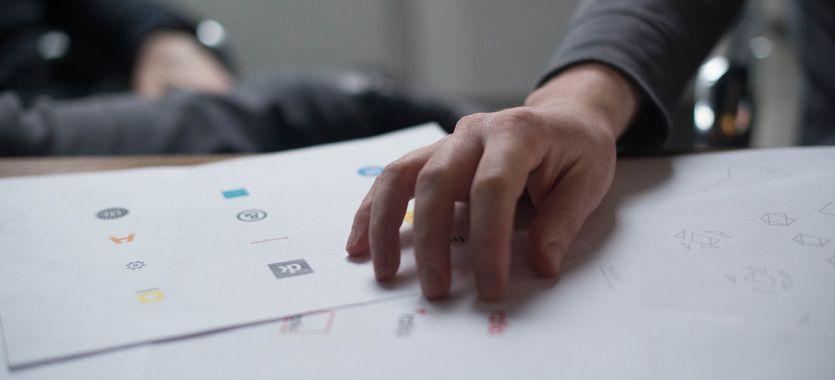 Cómo diseñar el logo de una empresa que atraiga todas las miradas