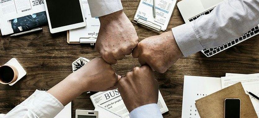 Roll up para eventos de empresas y reuniones