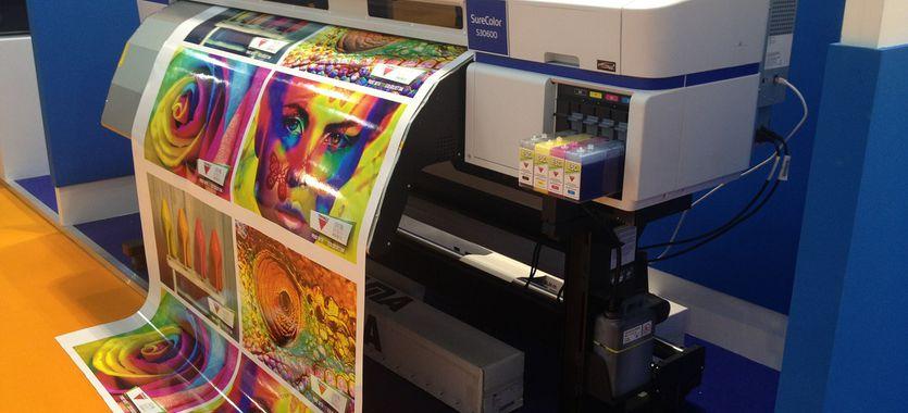 Cómo funciona una impresora láser a color