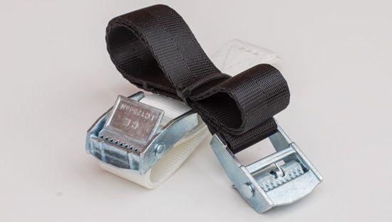 Clickprinting.  Cinta tensora de poliéster con hebilla metálica para sujetar lonas en bastidores y andamios. Comprar a precios baratos online